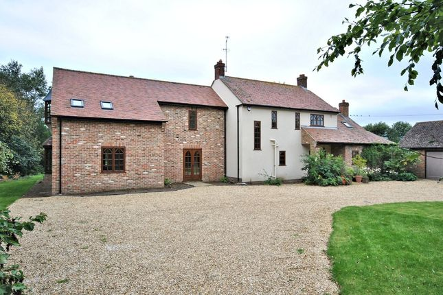 Thumbnail Farmhouse for sale in Thurlands Drove, Upwell, Wisbech