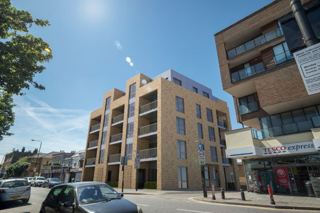 Thumbnail Flat for sale in Fusion Court, Stratford