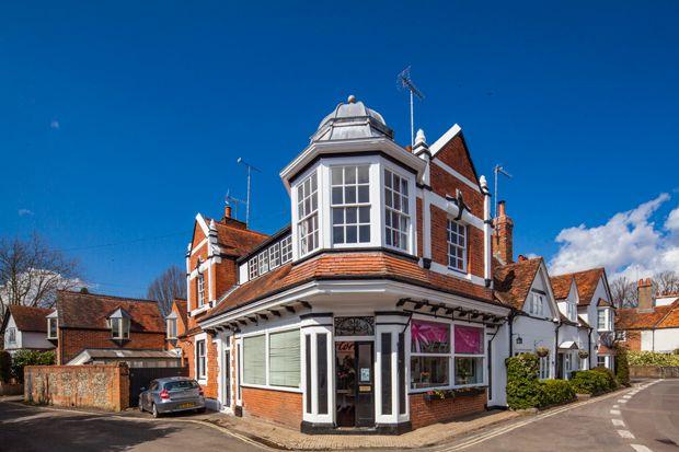 Thumbnail Flat to rent in Norfolk Flat, Goring On Thames