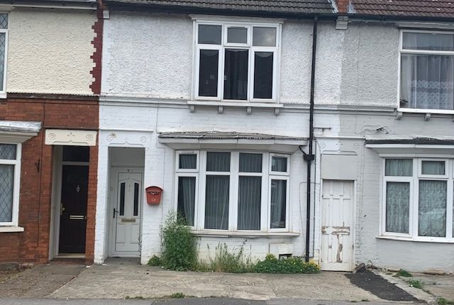 Thumbnail Terraced house to rent in Biscot Road, Luton