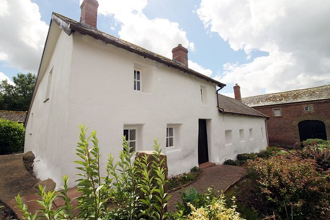 Thumbnail Cottage for sale in Longburgh, Burgh-By-Sands, Carlisle