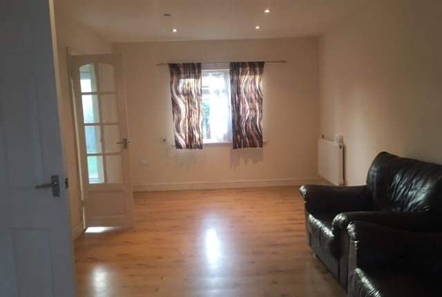 Thumbnail End terrace house to rent in St Andrews Way, Slough