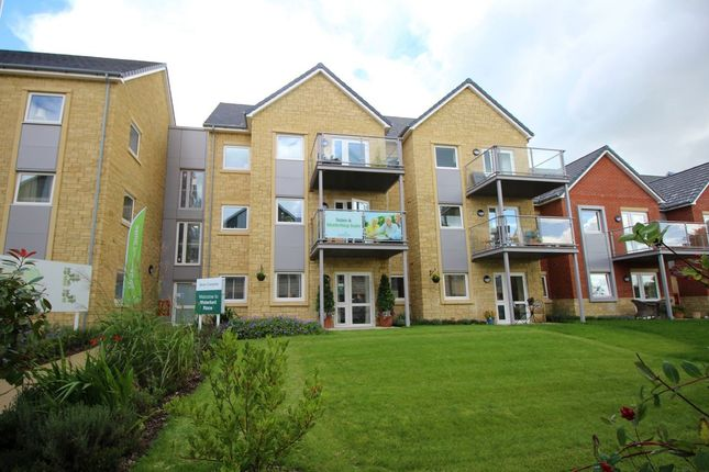 Thumbnail Flat for sale in Westmead Lane, Chippenham
