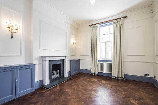 Thumbnail Terraced house to rent in Warwick Way, London
