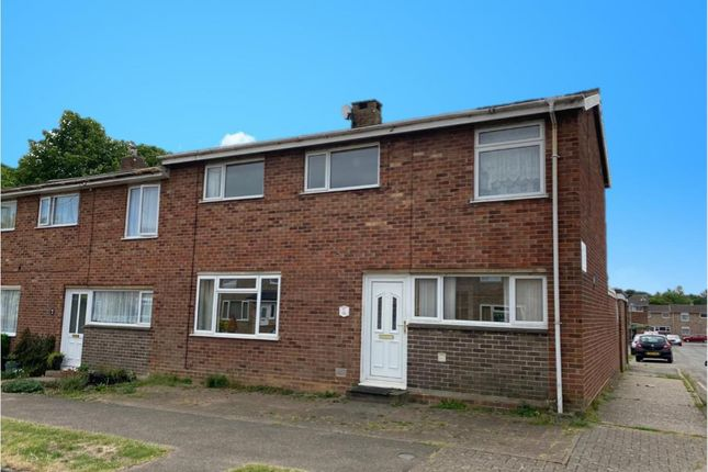 Thumbnail Property to rent in Summers Road, Bury St. Edmunds