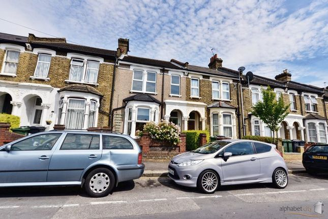 Thumbnail Flat for sale in Eastfield Road, London