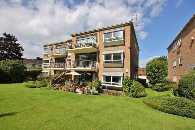 Thumbnail Flat for sale in Vyner Close, Oxton, Wirral