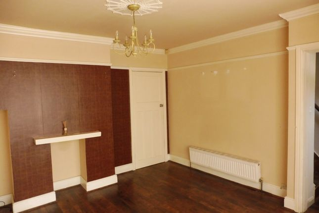 Lounge of Queens Gardens, Wombwell Barnsley S73