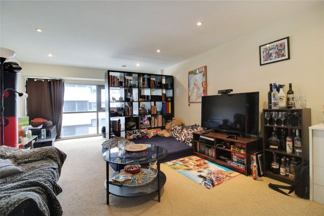 1 bed flat for sale in Paramount, Beckhampton Street, Swindon, Wiltshire SN1