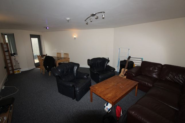 Thumbnail Flat to rent in Darren Street, Cathays, Cardiff