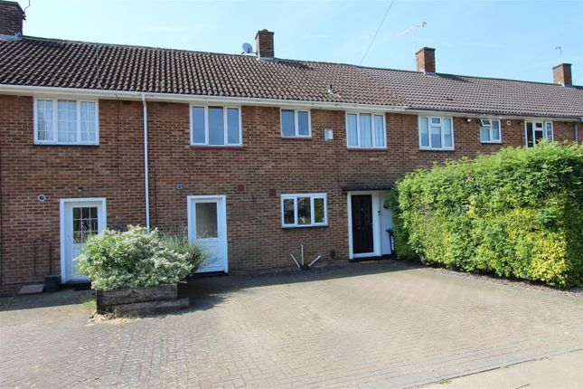 Thumbnail Terraced house for sale in Windmill Road, Adeyfield, Hemel Hempstead