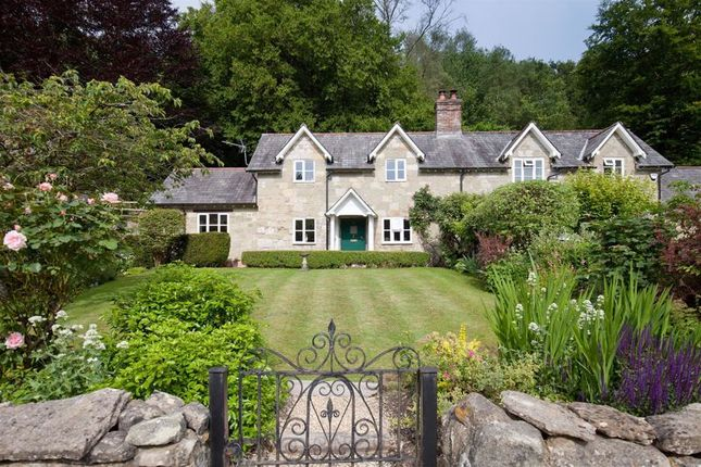 Property for sale in High Street, Ansty, Salisbury SP3