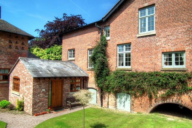 Thumbnail Cottage to rent in Maer, Newcastle-Under-Lyme