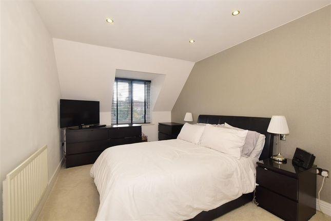 Bedroom 1 of California Close, Sutton, Surrey SM2