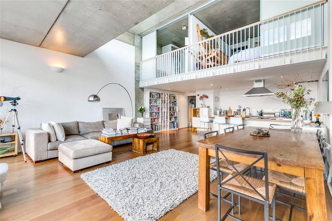 Thumbnail Flat to rent in Union Wharf, 23 Wenlock Road, London