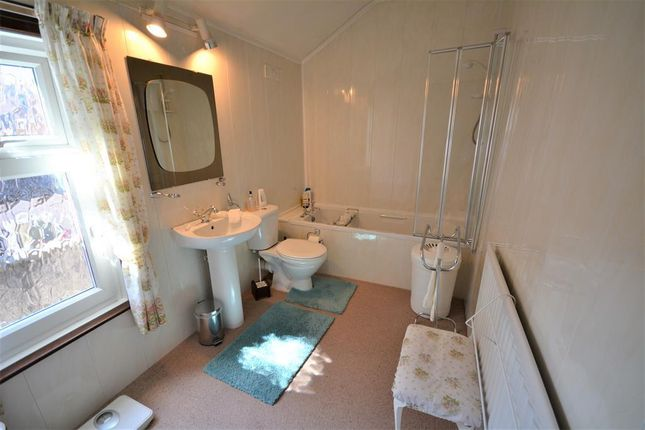 Bathroom of Diamond Street, Shildon DL4
