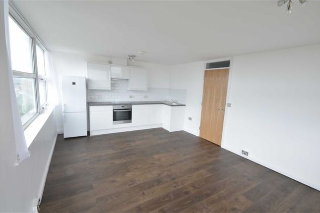 Thumbnail Flat to rent in Apple Building, 270 Oldham Road, Manchester City Centre, Manchester