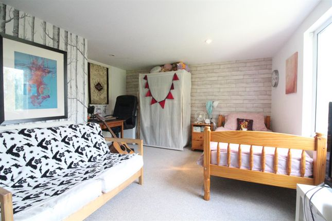 Bedroom 4 of Desmond Avenue, Hull HU6