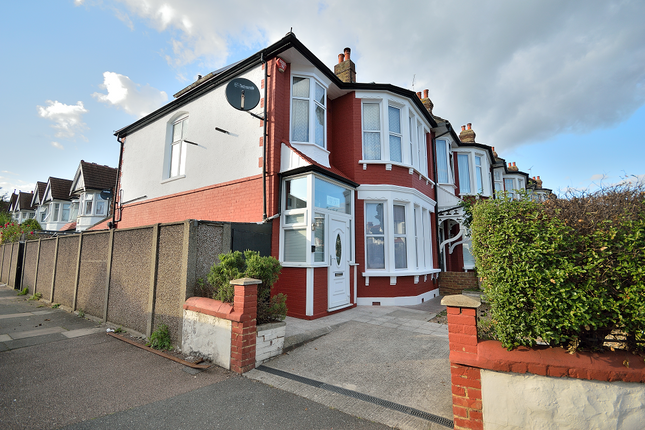 Thumbnail End terrace house to rent in Riverway, Palmers Green