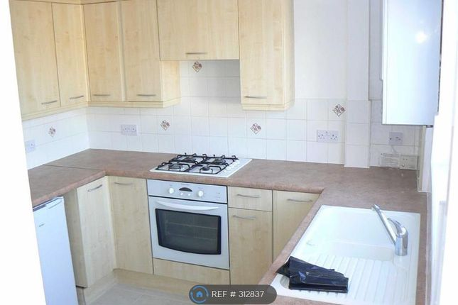 Thumbnail Flat to rent in Crescent House, Orpington