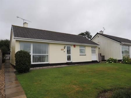 Thumbnail Bungalow for sale in Whieldon Road, Boscoppa, St. Austell