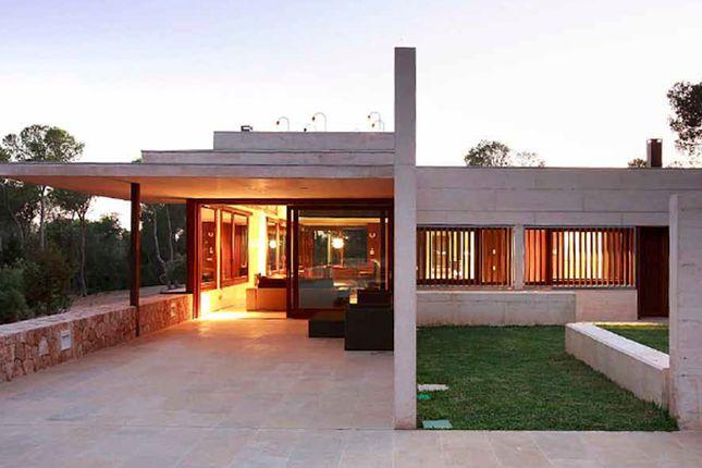 4 bed villa for sale in Sa Caleta, Balearic Islands, Spain
