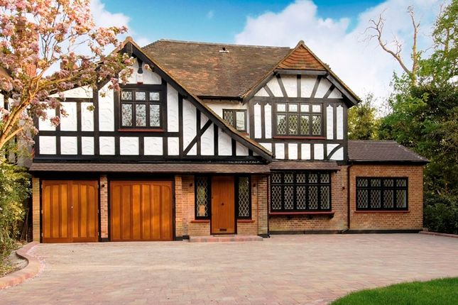 Thumbnail Detached house for sale in Canons Drive, Edgware