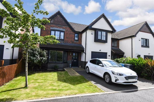 Thumbnail Detached house for sale in Riley Way, Spring Bank West, Hull