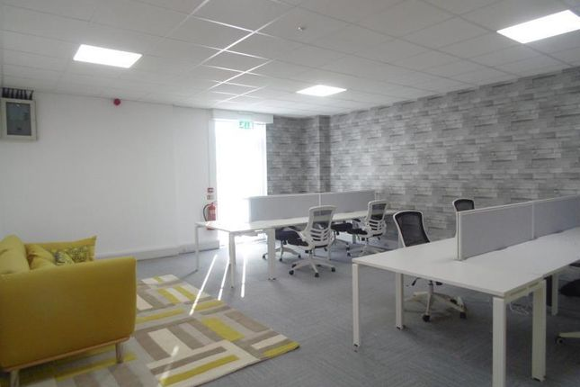 Office to let in Unit 5, Interchange 21, Centre Court, Leicester