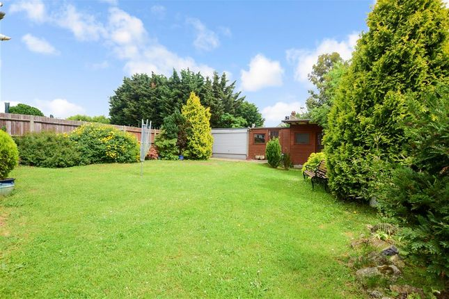 Thumbnail Detached bungalow for sale in Bedonwell Road, Bexleyheath, Kent