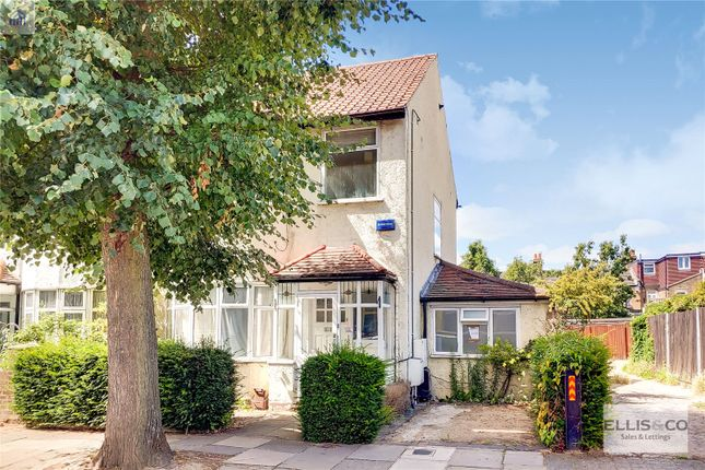 Picture No. 01 of Clive Road, Enfield EN1