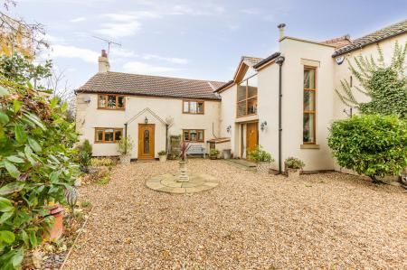 Thumbnail Property for sale in Middlecroft, Thorpe Lane, Thorpe In Balne, Doncaster. South Yorkshire