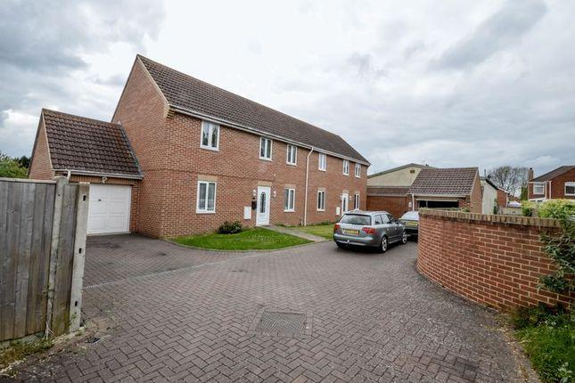 Thumbnail Semi-detached house for sale in Farrfield, Swindon
