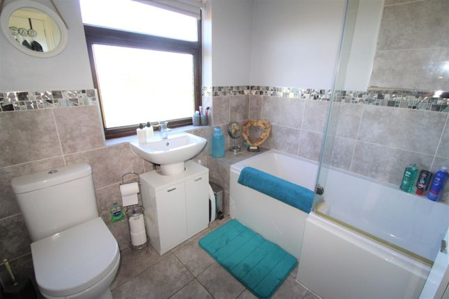 Family Bathroom of Watling Avenue, Litherland, Liverpool L21