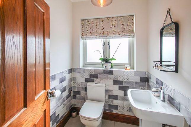 Ground Floor WC of Sandham Lane, Ripley DE5