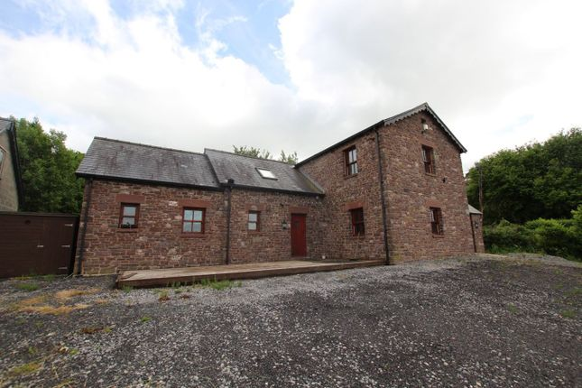 3 bed detached house to rent in Trefeinon, Brecon LD3