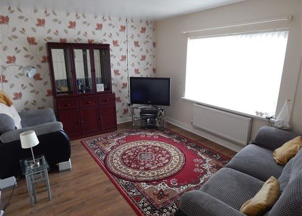 Thumbnail Flat for sale in Aneurin Avenue, Swffryd