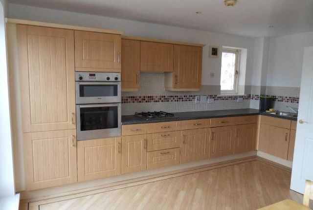 Thumbnail Town house to rent in Taywood Road, Northolt