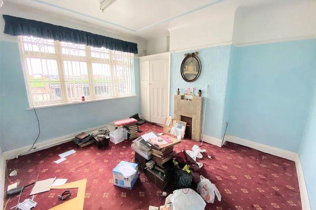 Bedroom 2 of Breckside Park, Anfield, Liverpool L6