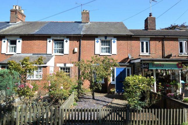 3 bed property for sale in London Road, Wokingham, Berkshire