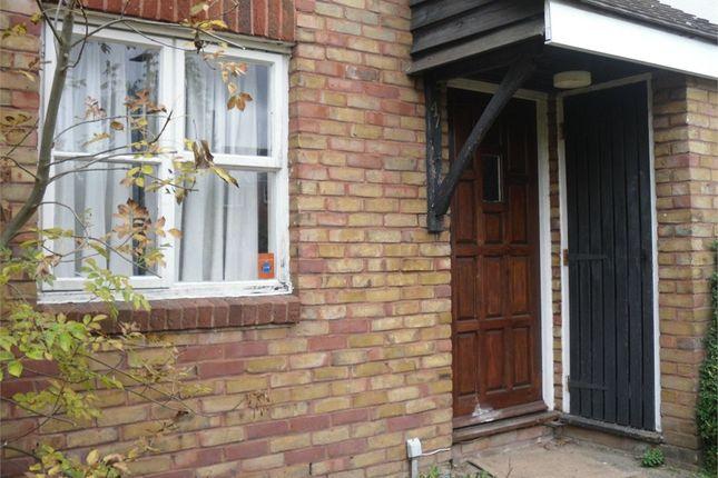 Thumbnail Maisonette to rent in Doveney Close, Orpington, Kent