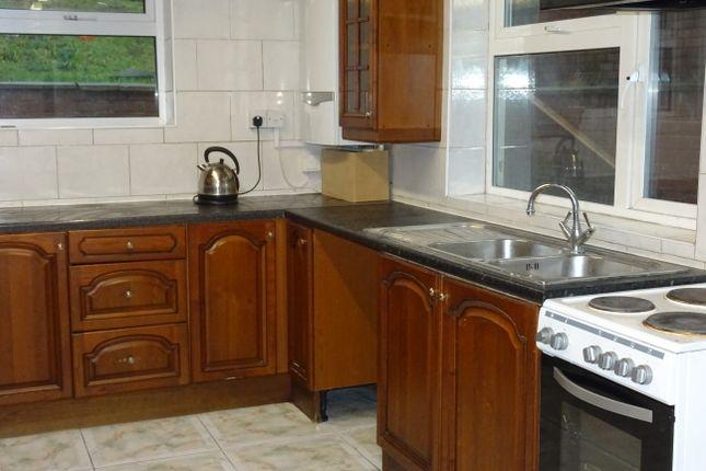 Kitchen Area of St Anns Rd, St Anns S65