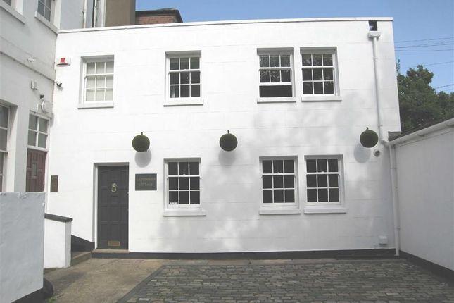 Thumbnail Cottage to rent in Lansdowne Circus, Leamington Spa