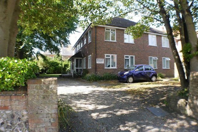 1 bed flat to rent in Beech Court, Beccles Road, Worthing BN11