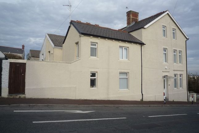 Thumbnail Terraced house to rent in Dock View Road, Barry