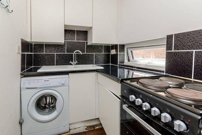 Thumbnail Flat to rent in Veryan, Goldsworth Park, Woking