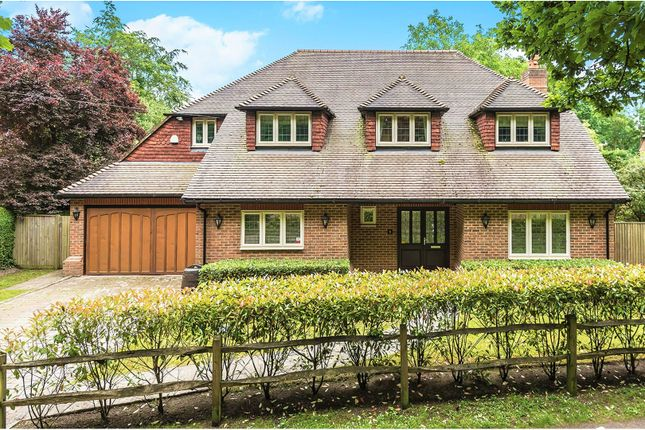 Thumbnail Detached house for sale in Cheapside, Horsell