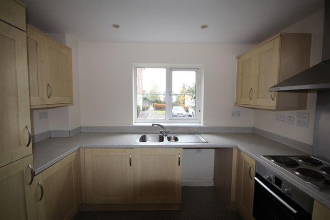 Thumbnail Flat for sale in Baker Cresent, Dartford