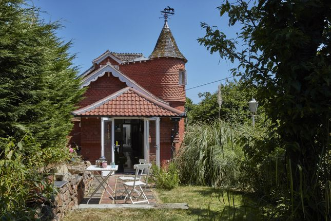 Thumbnail Detached house for sale in Church Road, Clifton