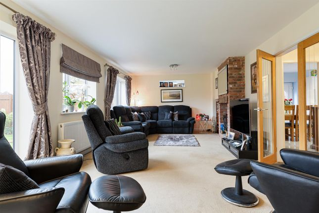 Lounge of Cheadle Road, Forsbrook, Stoke-On-Trent ST11